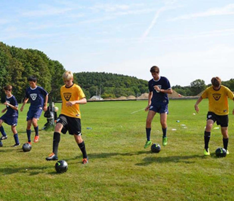 美国马萨诸塞州Nike Vogelsinger足球夏令营